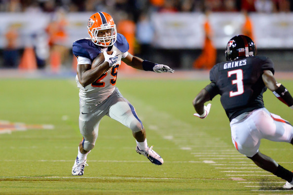 UTEP RB Aaron Jones (Photo Courtesy of John Weast/Getty Images North America)