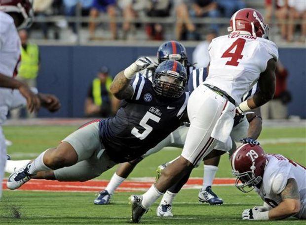 Ole Miss DT Robert Nkemdiche (Photo Courtesy of Thomas Graning/AP Photo/The Daily Mississippian)
