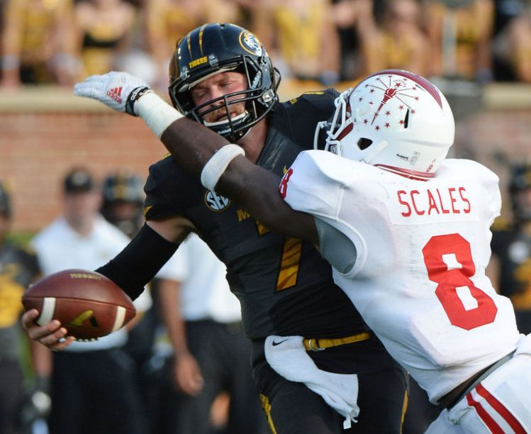 IU LB Tegray Scales sacks Mizzou QB Maty Mauk (Photo Coutesy of Chris Howell/Herald Times)
