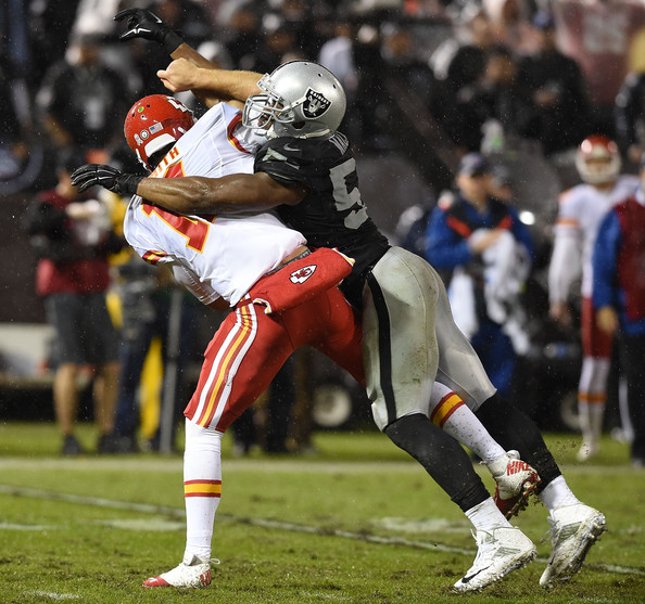 Khalil Mack pressures KC QB Alex Smith (Photo Courtesy of Thearon W. Henderson/Getty Images North America)