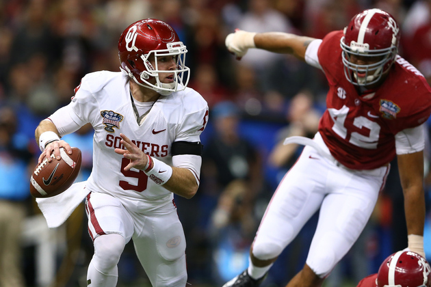 NEW ORLEANS, LA - JANUARY 02: Trevor Knight #9 of the Oklahoma Sooners looks to throw a pass against the Alabama Crimson Tide during the Allstate Sugar Bowl at the Mercedes-Benz Superdome on January 2, 2014 in New Orleans, Louisiana. (Photo by Streeter Lecka/Getty Images)