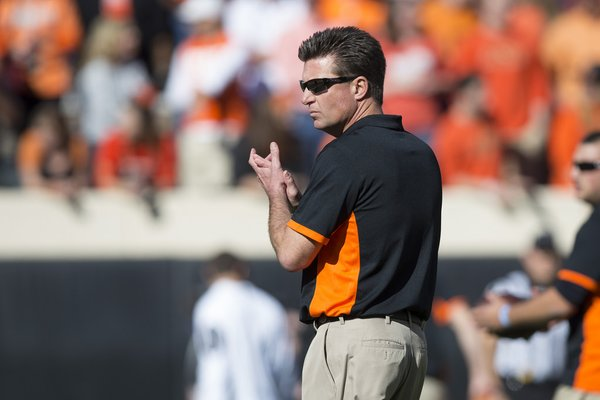 Mike Gundy might have the best hair in all of college football.