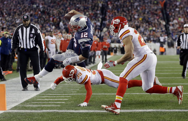Brady (AP Photo:Stephen Senne)